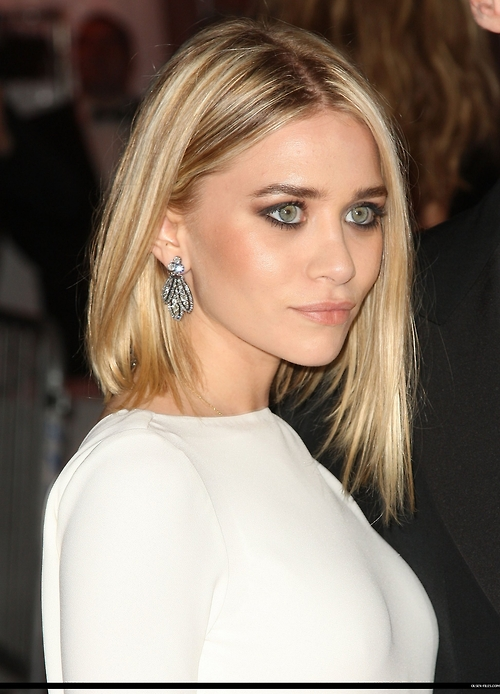 ( mary kate and ashley olsen). mary kate olsen hair