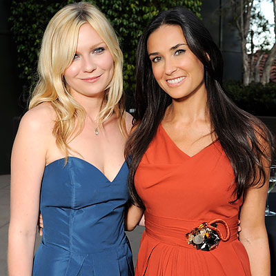 080709-demi-moore-kirsten-dunst-400