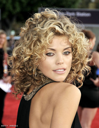Here it looks like AnnaLynne's