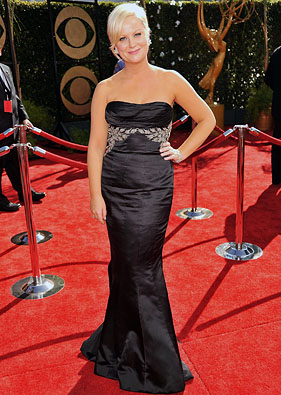 Actress Amy Poehler arrives at the 61st Primetime Emmy Awards he