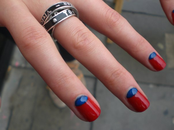 red-and-blue-nails