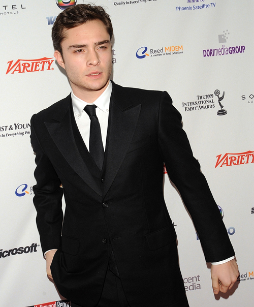 Ed-Westwick-37th-International-Emmy-Awards-Gala