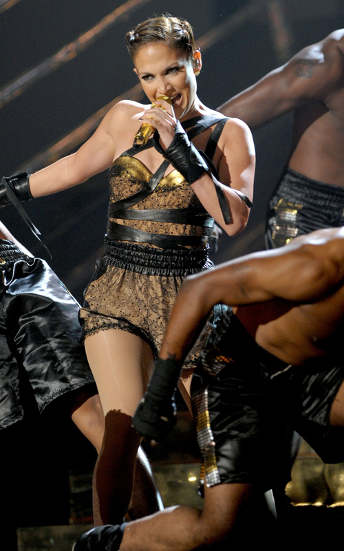 jennifer-lopez-2009-American-Music-Awards