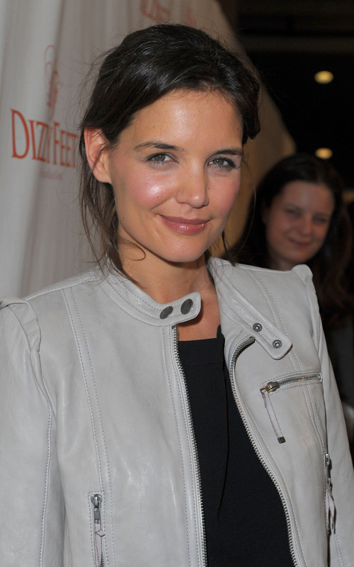 katie-holmes-Dizzy-Feet-Foundation's-Inaugural-Celebration-of-Dance