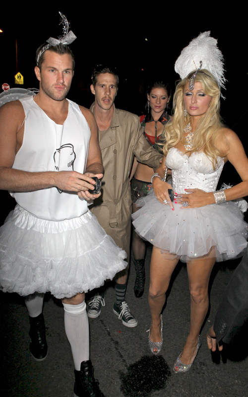Paris-Hilton-Doug-Reinhardt-halloween-2009