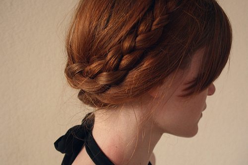 red-hair-bangs-braid