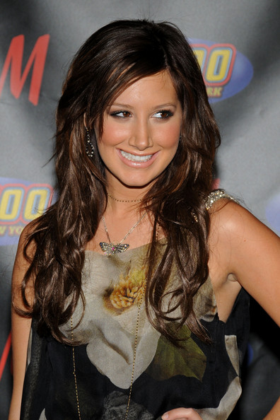 Ashley-Tisdale-brown-hair