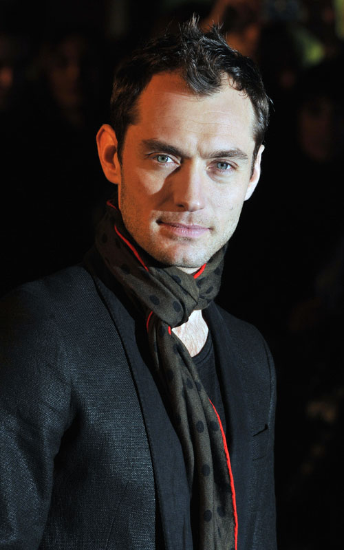 Jude-Law-sherlock holmes-premiere