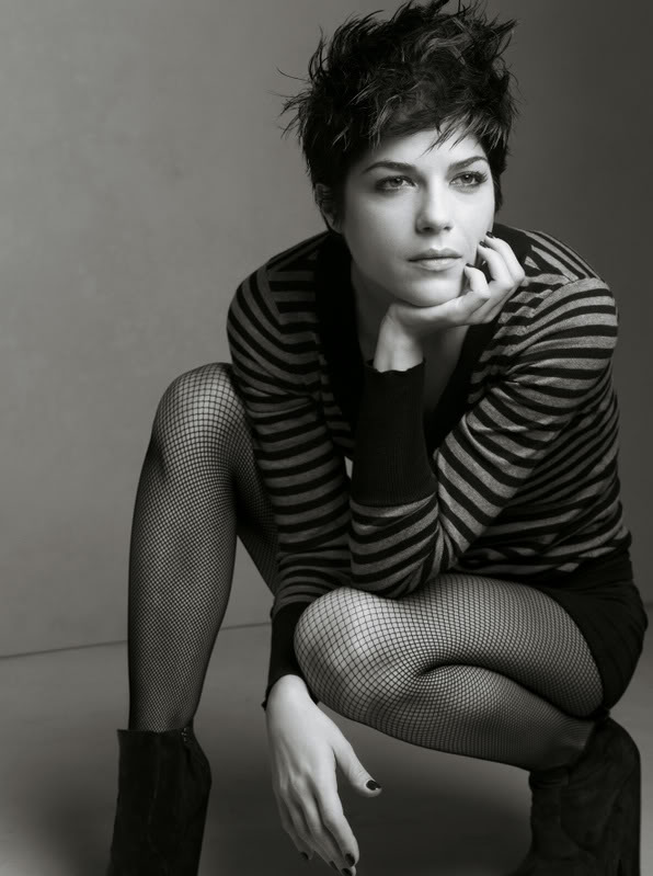 Selma-Blair-pixie-cut