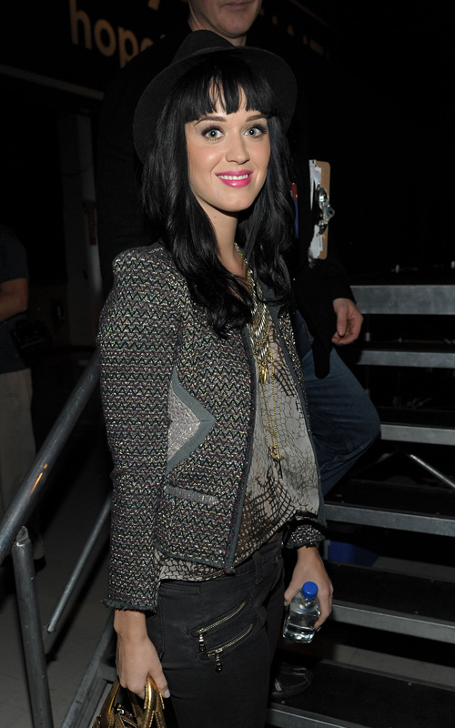 Hope-for-Haiti-Now-Telethon-Katy-perry