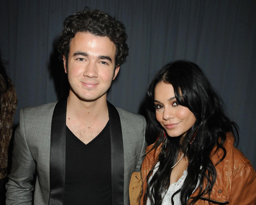 Hope-for-Haiti-Now-Telethon-kevin-jonas-Vanessa Hudgens