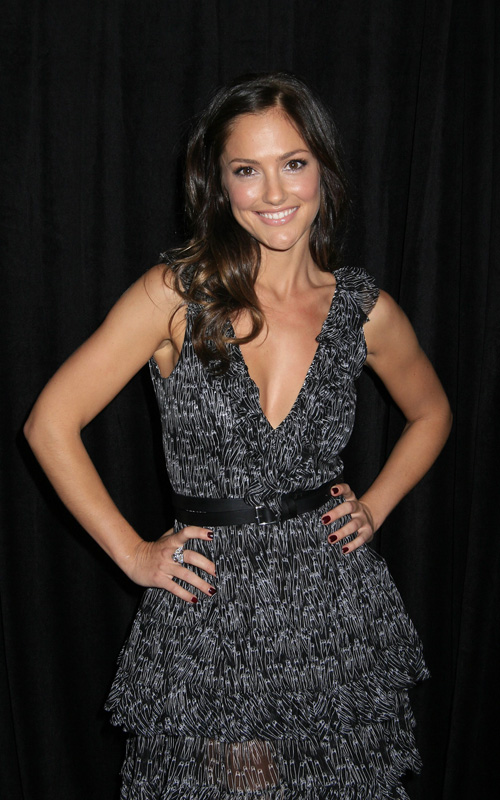 Minka-Kelly-9th-Annual-Awards-Season-Diamond-Fashion-Show-Preview