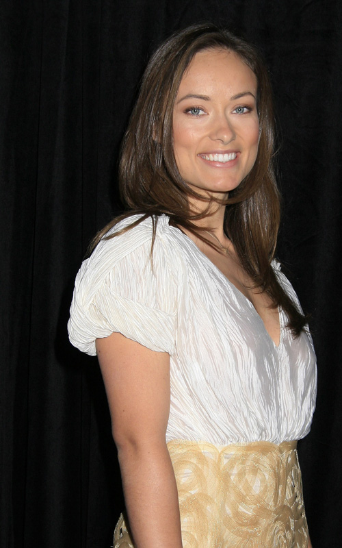 Olivia-Wilde-9th-Annual-Awards-Season-Diamond-Fashion-Show-Preview