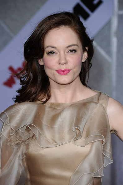 ROSE-MCGOWAN-When-in-rome-premiere