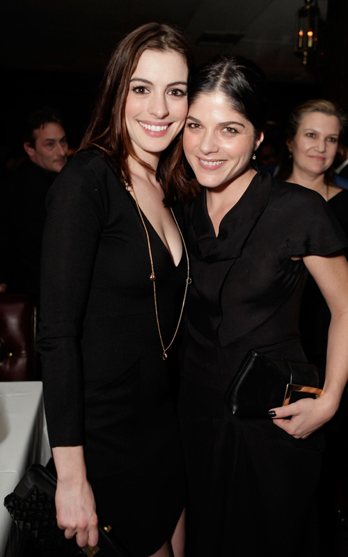 Anne-Hathaway-Selma-Blair-A-Single-Man-party-La-Dolce-Vista-Beverly-Hills