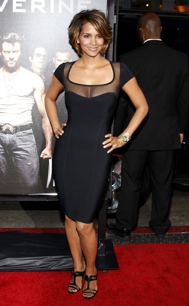 halle-berry-wollverine-premiere