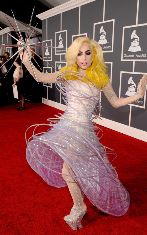 lady-gaga-2010-grammy-costume
