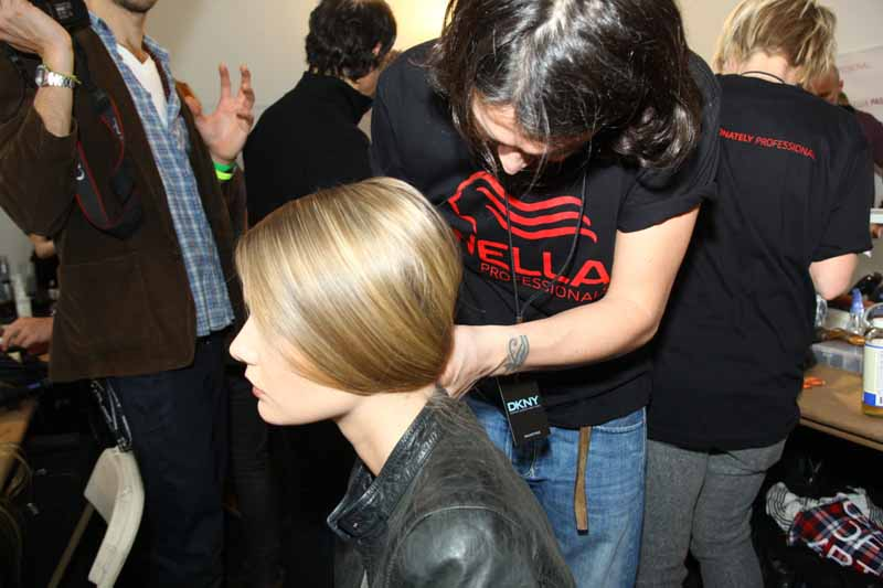DKNY-fall-2010-fashion-week-backstage