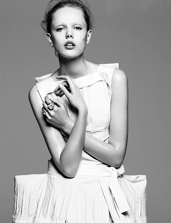 Frida-Gustavsson-Vogue-photographed-by-Greg-Kadel