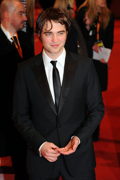 robert-pattinson-2010-BAFTA-awards