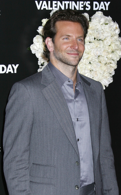 valentines-day-red-carpet-bradley-cooper