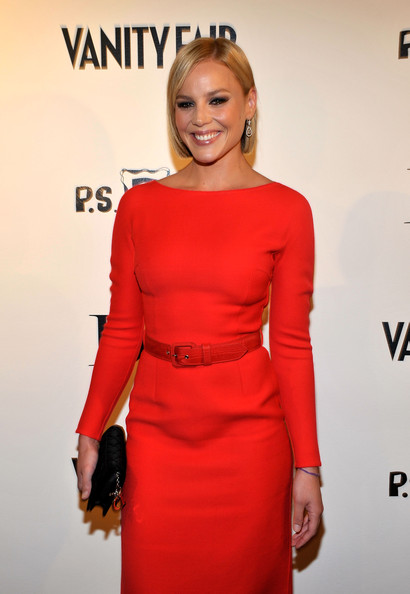 Abbie-Cornish-short-haircut-Kimberly-Brooks-The-Stylist-Project-exhibition