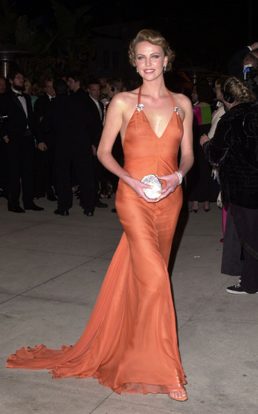 Charlize-Theron-Vera-Wang-dress-2000-Academy-Awards
