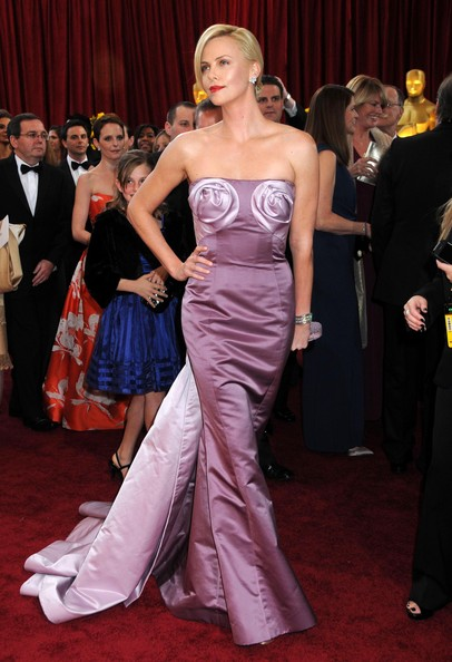 Charlize-Theron-updo-hairstyle-2010-Academy-Awards.jpg