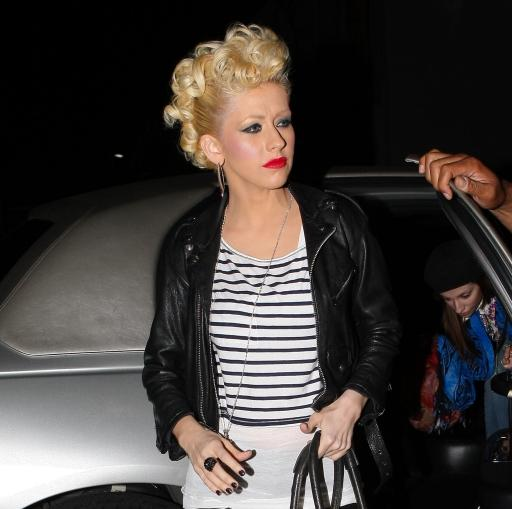 Christina-Aguilera-curly-hair-style