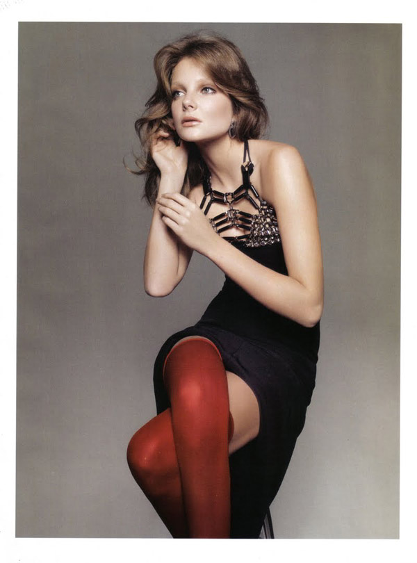 Eniko-Mihalik-by-Glen-Luchford-Vogue-italia-march-2010