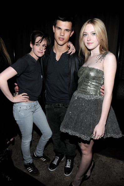 Kristen-Stewart-Taylor-Lautner-Dakota-fanning-after-party-premiere-the-Runaways