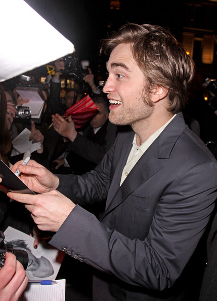 Remember-Me-Premiere-robert-pattinson