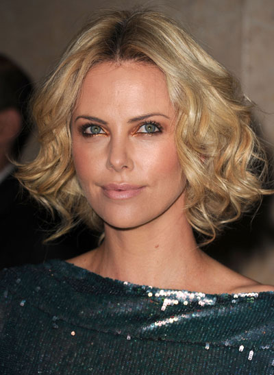 charlize-theron-copper-eye-makeup