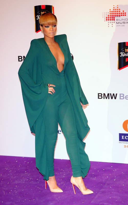 rihanna-19th-Annual-Echo-Awards-Berlin-Germany