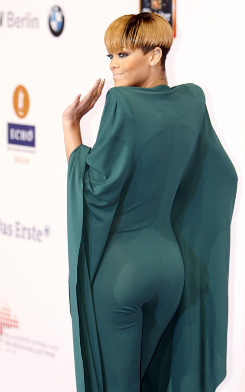 rihanna-19th-Annual-Echo-Awards-Berlin