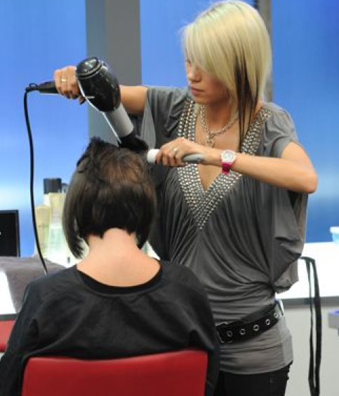 shear-genius-amy-dry-cutting