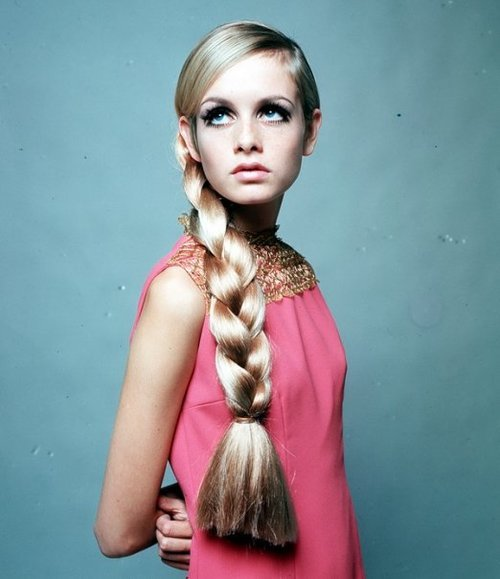 twiggy-long-braid-hairstyle