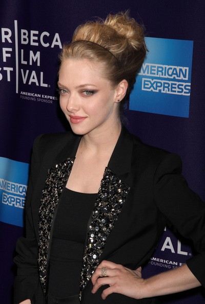 Amanda-Seyfried-Tribeca-Film-festival-premiere-Letters-To-juliet