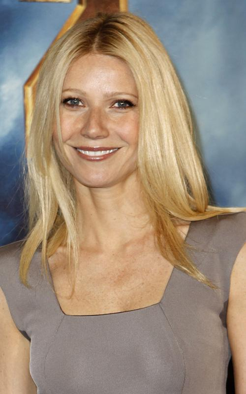 Gwyneth-Paltrow-straight-blonde-hair-iron-man-2