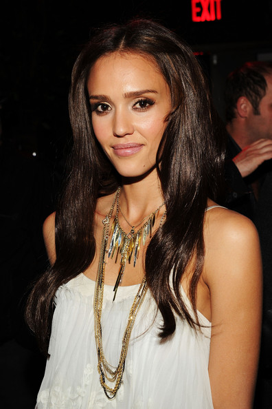 Jessica-Alba-extensions-The-Killer-Inside-Me-premiere