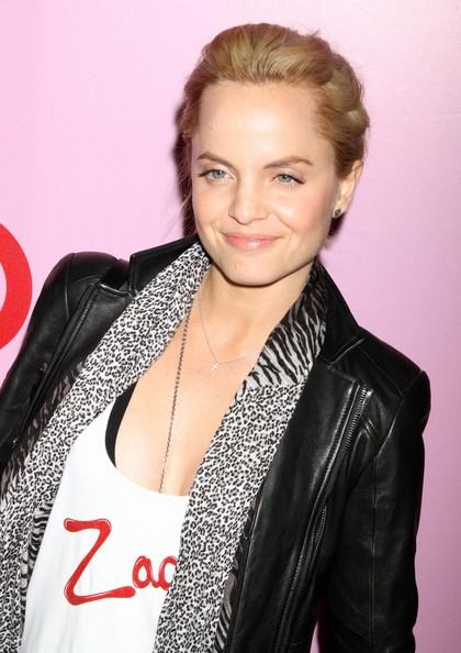 Mena-Suvari-blonde-hair-Zac-posen-Target-Collection-Launch-Party
