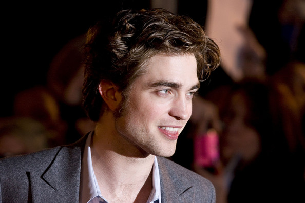 Robert-Pattinson-dirty-hair