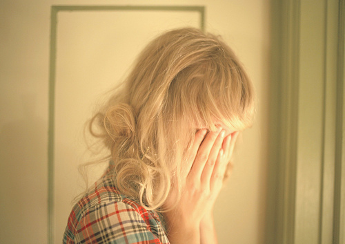 blonde-girl-crying
