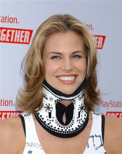 Hair-Battle-Spectacular-Brooke-Burns