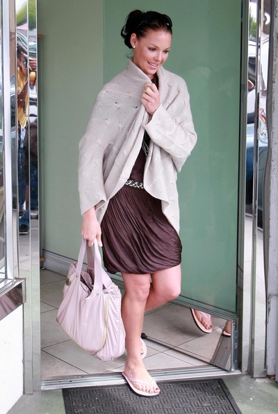 Katherine-Heigl-Fancy-Nails-Los-Feliz