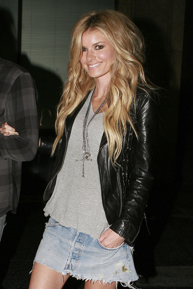 Marisa-Miller-long-blonde-extensions