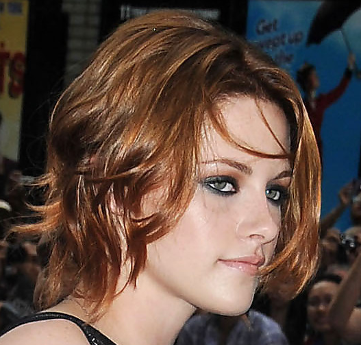 kristen stewart new hair 2010. Kristen-Stewart-new-red-chin-