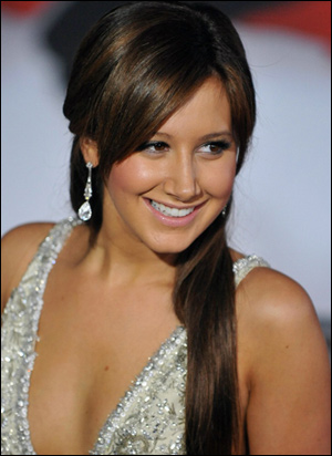 ashley-tisdale-brazilian-blowout
