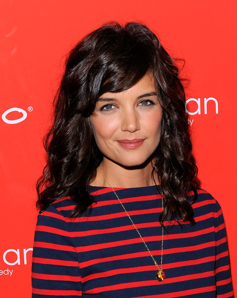 Katie-Holmes-Curly-Hair-The-Extra-Man-Premiere