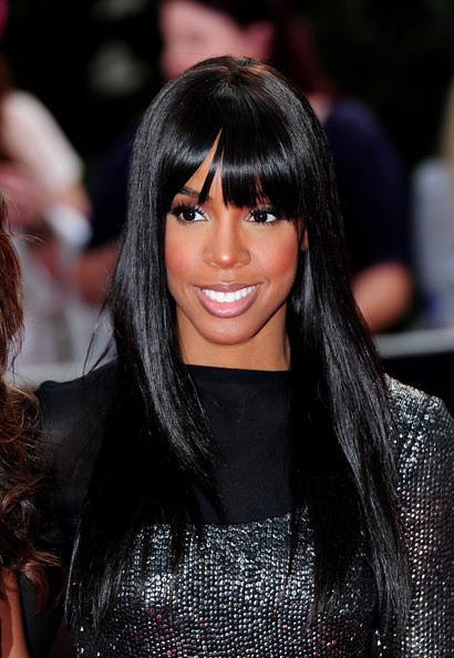 Kelly-Rowland-London-film-premiere-Twilight-Eclipse-long-straight-hair-blunt-bangs
